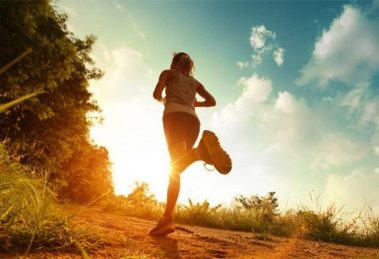 Running in the heat: 8 tips to survive your training this summer