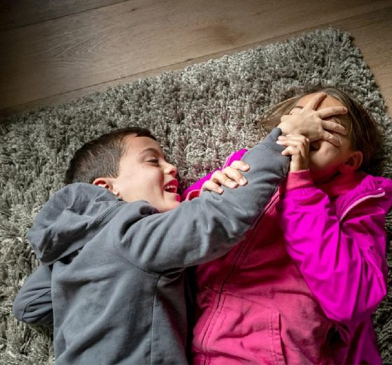 Accept and do not compare, or how to raise siblings