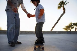 Know the benefits of practicing skateboarding