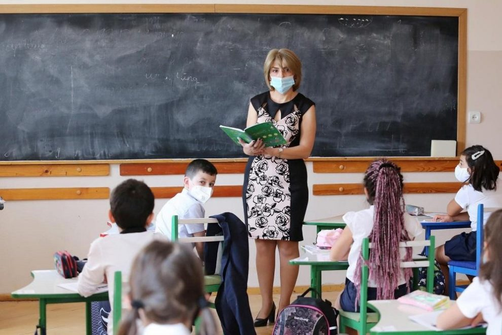 Changing schools - how does it affect your little ones?